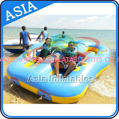Cina Sealed Towable 4 Person Inflatable Boats Yellow / Blue Rolling Donut Boat pabrik