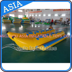 Cina Water Sleds Banana Inflatable Boats Heavy Duty For 6 Passengers Water Games pabrik