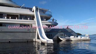 Cina Outdoor Inflatable Water Floating Sports, Inflatable Yacht Slide For Boat/Yacht pabrik