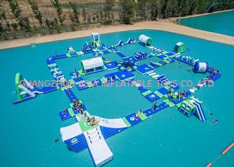 Cina Open Water Inflatable Aqutic Sports Park With 0.9mm PVC Tarpaulin pabrik
