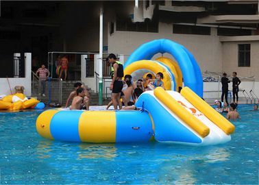 Cina 14' Aquaglide Platinum Supertramp Water Trampoline For Summer , Inflatable Water Games pabrik