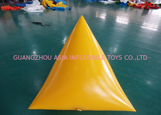 Cina Triangle Shape Yacht Race Market Inflatable Buoys For Water Triathlons Advertising pabrik