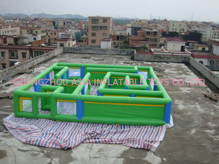 Cina Commercial Grade Inflatable Maze Games For Children And Adults pabrik