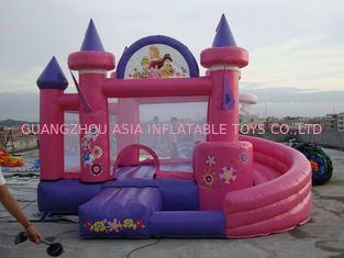 Cina Pink Inflatable Amusement Park With Mini Princess Bouncer Castle With Slide pabrik