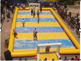 Cina Customized Excellent Inflatable Water Soccer Field / Sports Inflatable Yellow Soccer Field pabrik