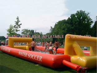 Cina Adult Hot Welding Inflatable Soap Soccer Field / Interactive Inflatable Water Games pabrik