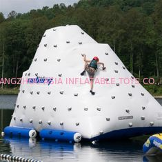 Lucu Inflatable Air Iceberg / 0.9mm PVC Tarpaulin Plato Water Jumping Games