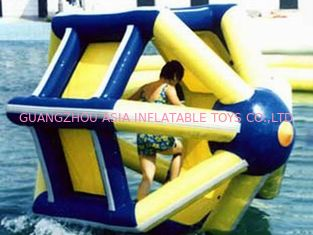 Cina PVC tarpaulin Inflatable Water Roller , Inflatable Water Park Amusement Equipment pabrik