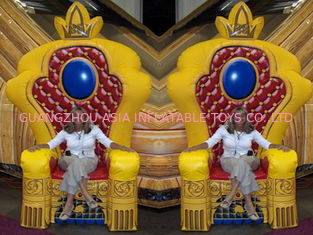 Cina Hot Selling Replicas Inflatable Advertising King Sofa , Inflatable King Chair pabrik