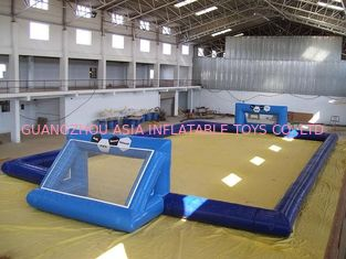 Cina commercial inflatable soccer field / soccer pitch for outdoor soccer games pabrik