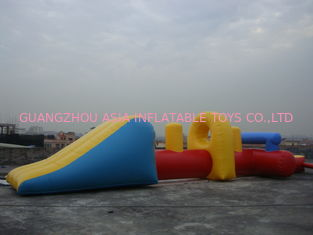 Cina Durable Inflatable Water Sports, Permainan Air Aliran Udara Tiup pabrik