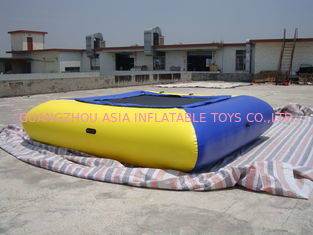 Cina Air Tight Inflatable Water Square Trampoline Water Toys For Water Sport Games pabrik