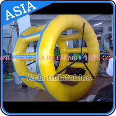 Cina Commercial Grade Use Custom Made Inflatable Water Roller Ball Price pabrik