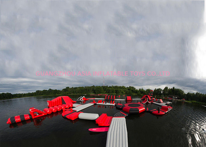 Exciting Fireproof Inflatable Floating Island Water Park Game For Adults pemasok