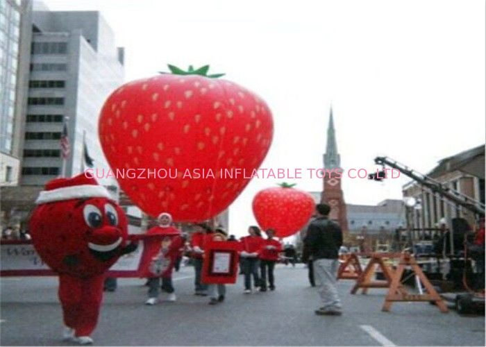 Advertising Inflatables Strawberry Character Balloon Giant Fruits Flying Ball pemasok
