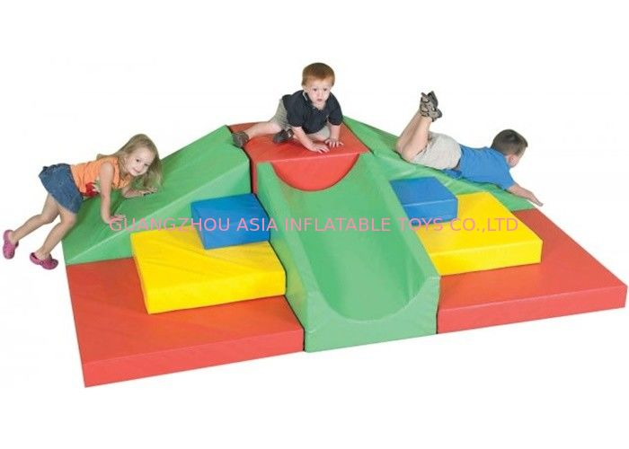 Amusement Park Kids Indoor Soft Play Equipment Anti - UV / Anti - statis pemasok