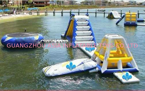 Giant Ocean Play Inflatable Water Park For Water Sports pemasok