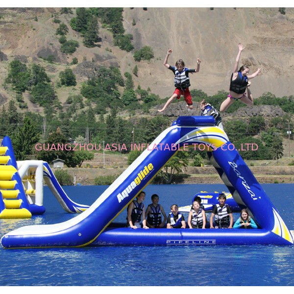 Commercial Grade Inflatable Water Park Freefall Slide FREE Boarding Platform pemasok